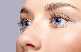 8 best eyeshadow colors to make blue