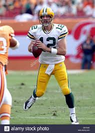 Green Bay Packers QB Aaron Rogers attempts a pass against the Tampa Stock  Photo - Alamy