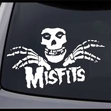 Amazon Com Jcm Custom Misfits Fiend Skull Permanent Vinyl Decal Bumper Sticker 8 X 4 9 2 Pack Home Kitchen
