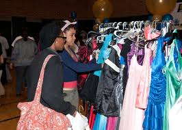 Lesley West Hosts 11th Annual Prom Dress Giveaway   Indiana Pacers