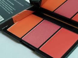 sleek blush by 3 palette lace review