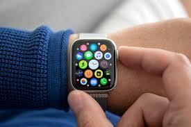 Apple Watch Series 3 vs. Series 4 ...