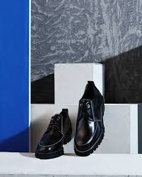 derby shoe marries urban style