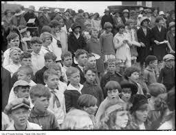 1926 - Adam Beck School cornerstone, group of children - Toronto Guardian