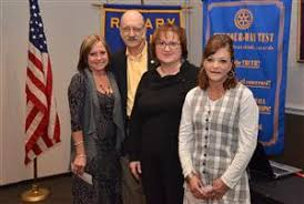 Jeri Simmons receives scholarship | Rotary Club of Mid-Cities Pacesetters