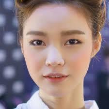 5 trendy natural korean makeup looks
