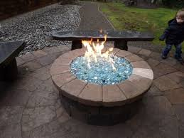 propane fire pit with glass can build