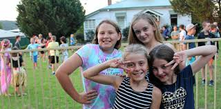 Blue Light Disco helping raise funds for drought relief | Stanthorpe Border  Post
