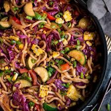summer veggie udon noodle stir fry