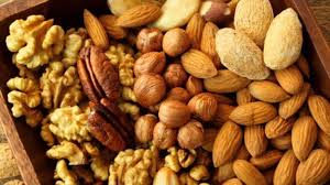 The Nutty Affair: Which Nuts Should You Have Daily and How Many ...