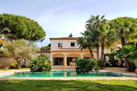 villa de luxe avec terre grau d agde