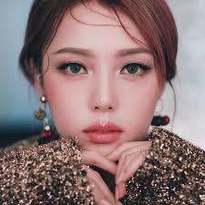 celebrity mua pony s makeup line is now