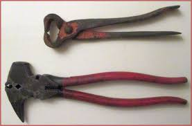 Wire Cutter With A Nail Puller On One Handle And A Screwdriver On The Other Handle Fence Tools 2 Tools For 1 Price Vintage Tools Tools Nail Pullers