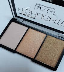 makeup highlighter 3 shades pinkish