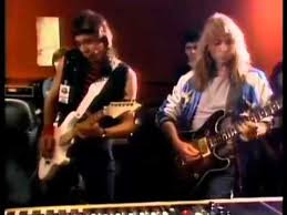 Hear 'n Aid - Adrian Smith & Dave Murray - Iron Maiden - YouTube