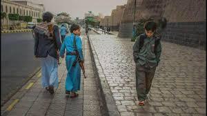 "Aria/mikail on Twitter: ""نگاه پراز حسرت ومعنادار کودک حوثی یمنی… """