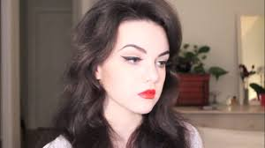 1950s inspired cat eye red lips