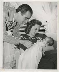 JUDY GARLAND VINCENTE MINNELLI BABY LIZA VINTAGE PUBLICITY PORTRAIT PHOTO |  #1796346284