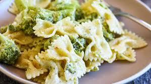 bowtie pasta alfredo with tuscan