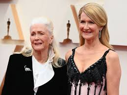 Laura Dern's Oscar speech for 'Marriage Story' made her mother cry ...