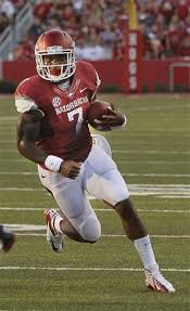 Spotlight on Knile Davis and 4 other Arkansas players to watch ...