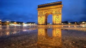 arc de triomphe after rain wallpaper