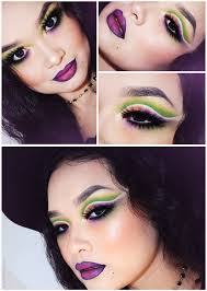 pretty witch halloween look green