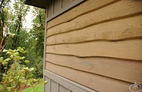 Cedar Wavy Edge Siding