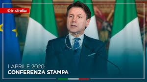 Giuseppe Conte - In diretta da Palazzo Chigi