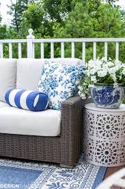 how one piece can pull your patio decor