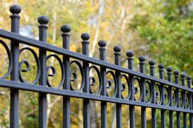 Gates And Fences Hawaii Island Vinyl Fences Hog Wire Fences Ornamental Fences Wood Fences Chain Link Fences