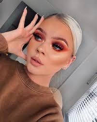 daring makeup looks to try this season