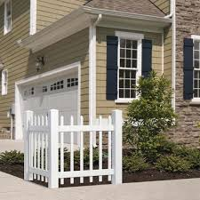 Outdoor Essentials 3 5 Ft H X 3 Ft W White Vinyl Spaced Picket Corner Accent Fence Panel Kit 175840 The Home Depot