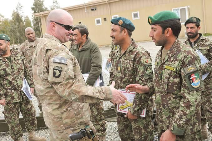 نیویارک ټایمز: افغان پوځ د امریکا له ملاتړ پرته د طالبانو پر ضد مقاومت نه شي کولای