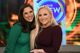 Meghan McCain, Abby Huntsman on Friendship, Kids and Donald Trump Jr. |  PEOPLE.com