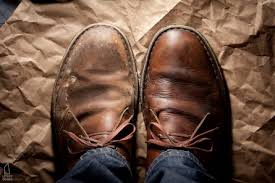 how to clean clarks beeswax desert boots