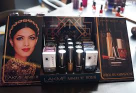 lakme absolute makeup kit with