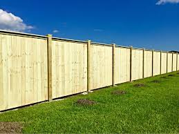 Benoit Fence Of Houma Inc 8 Ft Tall Privacy Fence Www Benoitfence Com Privacy Fence Panels Wood Fence Design Building A Fence