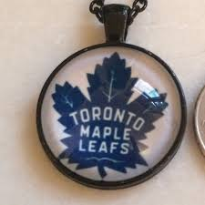 nwot toronto maple leafs necklace nhl