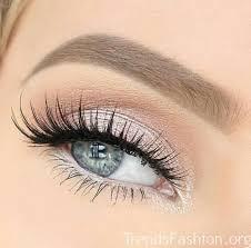 eye makeup to make eyes pop cat eye