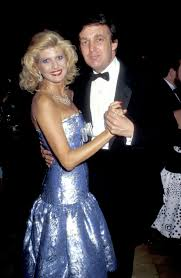 """Donald Trump Reportedly Told Then-Wife Ivana Trump to """"Never Look a Day  Over 28"""""""