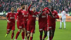 MAÇ SONUCU | Demir Grup Sivasspor Göztepe 1-0 | Lider tutulmuyor! – Spor  Haberleri