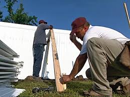 How To Install A Vinyl Privacy Fence How Tos Diy
