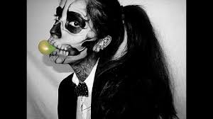 1 lady a born this way