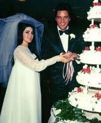 Elvis Presley and Priscilla (Wagner) Beaulieu wedding day | Priscilla  presley wedding, Celebrity wedding dresses, Celebrity weddings