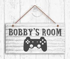 Amazon Com Weimeild Personalized Gamers Room Sign Gamer S Sign Kids Door Sign Rustic Game Controller Room Sign Personalized Sign Kid S Name Home Kitchen