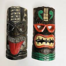 seaside accents colorful tiki mask wall