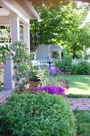 creating an english cottage garden