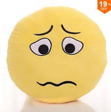 Risultato immagini per stupore emoticon