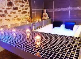 suite romantique avec jacuzzi et sauna